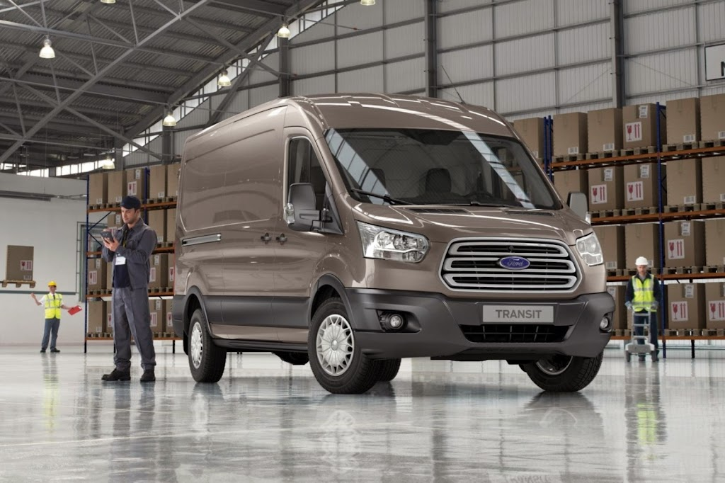 2014-Ford-Transit-06