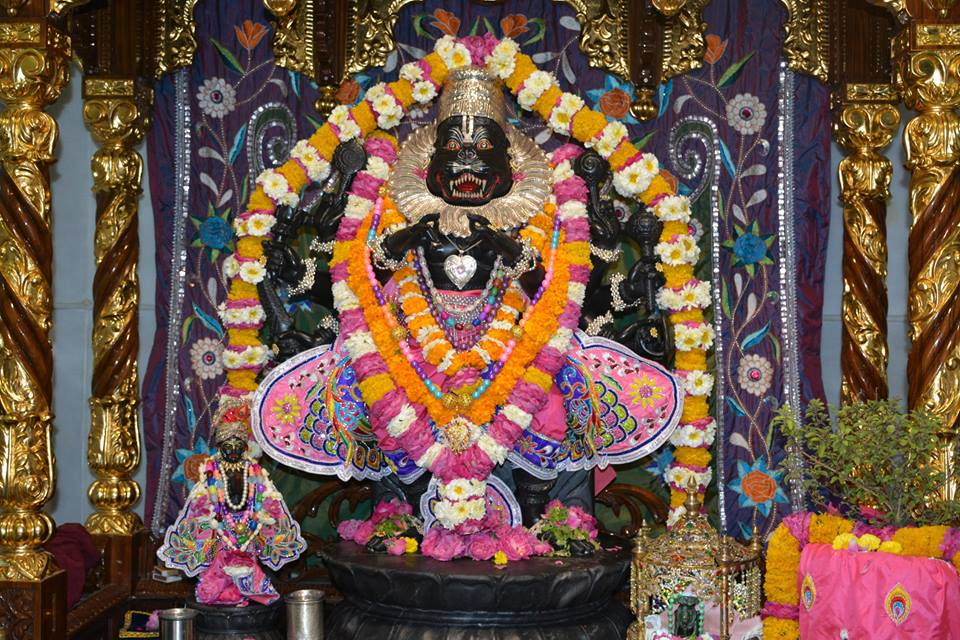 ISKCON Ujjain Deity Darshan 3 April 2016  (14)