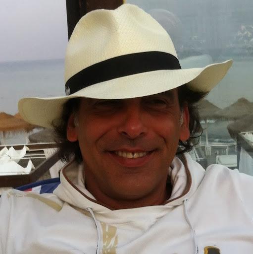 Enrique Cuenca Photo 8