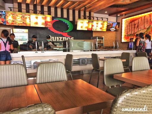 Quiznos Cafe
