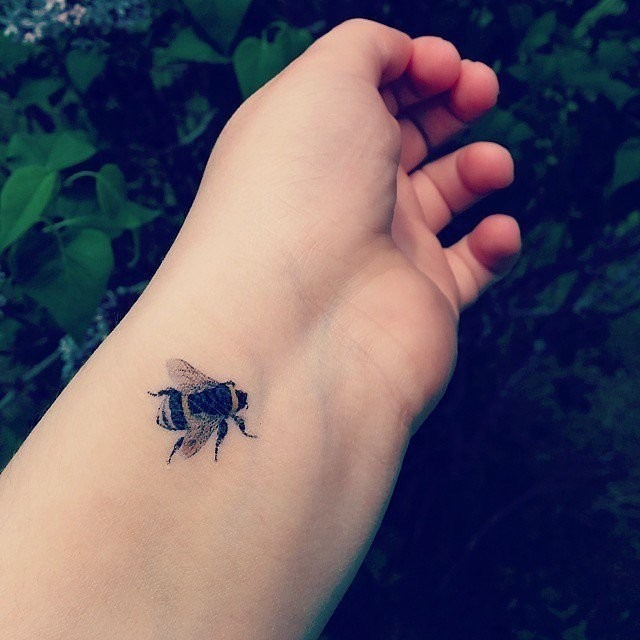 Buzz Like a Bee Tattoo Design