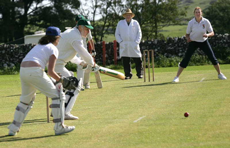 Cricket-Ladies5