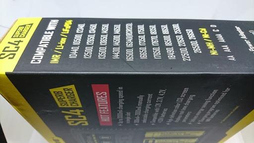 DSC 6520 thumb%255B2%255D - 【バッテリー/充電器】「NITECORE Superb Charger SC4」(ナイトコア・スーパービーチャージャー・エスシーフォー)レビュー。3A*2で最大6A給電可能な最強充電器!【VAPE/電子タバコ/アクセサリ】