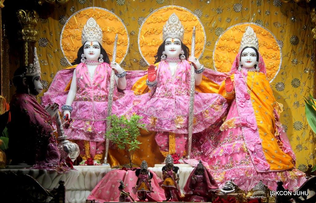 ISKCON Juhu Mangal Deity Darshan on 22nd July 2016 (6)