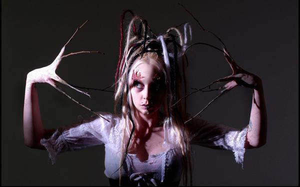 Midnight Lady, Evil Creatures 2