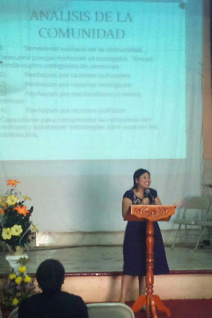 Lidia Pompeyo shares tools for understanding the target community of the church plant.