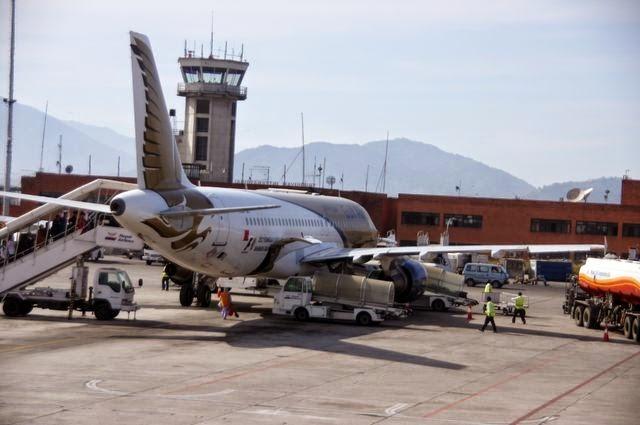 達人帶路-環遊世界-尼泊爾飛機