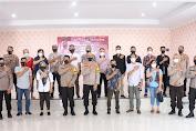 Silaturahmi Bersama Pengurus Persaudaraan UMKM,Kapolres Soppeng Menyerang Bantuan PPKM Mikro