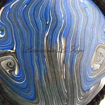 wisior z masy polimerowej fimo naszyjnik biżuteria kwiatowy polymer clay Panorama LeSage modelina okrągły wzorzysty pendant with fimo polymer mass