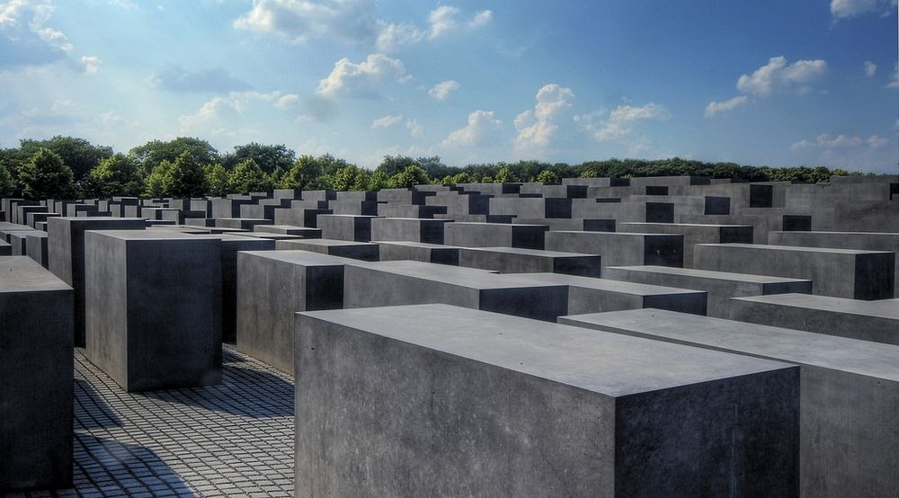 memorial-murdered-jews-europe-berlin-2
