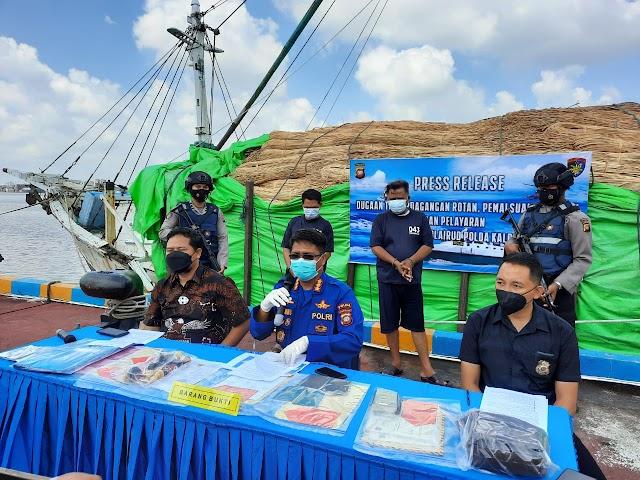 Dir Polairud Polda Kalbar Gagalkan 100 Ton Rotan Illegal ke Malaysia