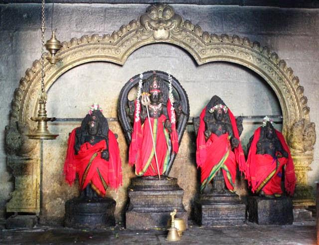 Sri Yoganandeswarar Temple, Thiruvisanallur, Mayiladuthurai - 275 Shiva Temples