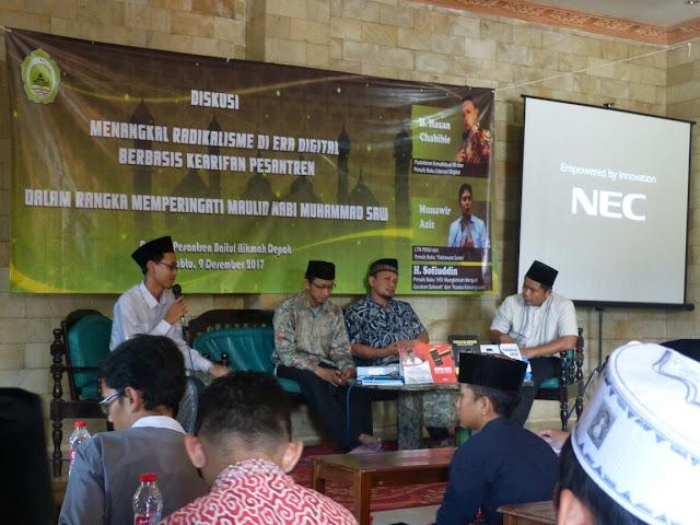 Workshop Literasi Digital untuk Santri Pesantren, di Pesantren Baitul Hikmah Depok, Sabtu-Minggu (9-10/12/2017).