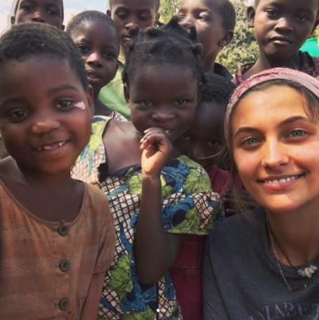 (Photos) Paris Jackson visits Africa
