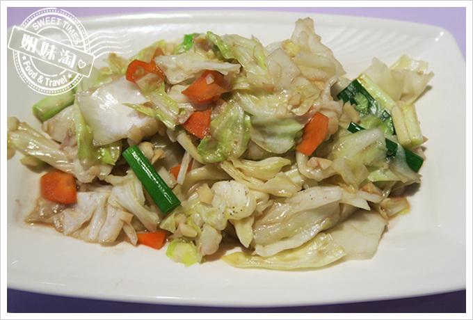 高雄巴沙諾瓦bossa Nova成功店蝦醬高麗菜