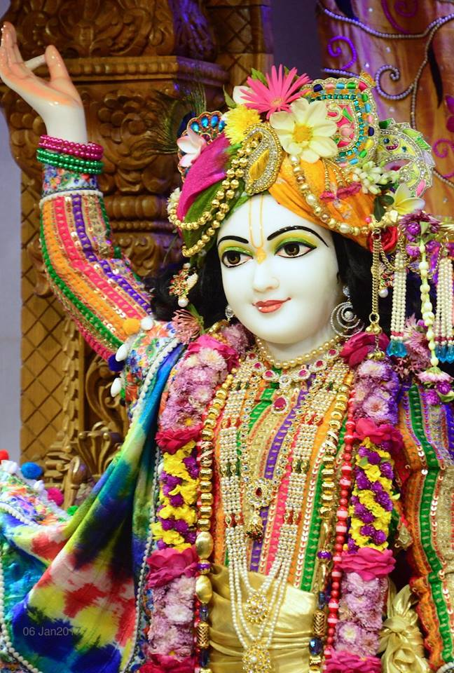 ISKCON GEV Deity Darshan 06 Jan 2017 (17)