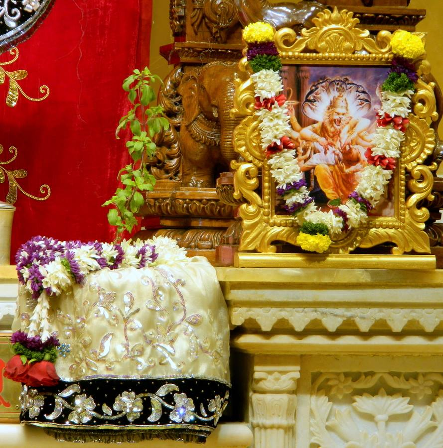 ISKCON Pune NVCC Deity Darshan 10 Jan 2017 (10)