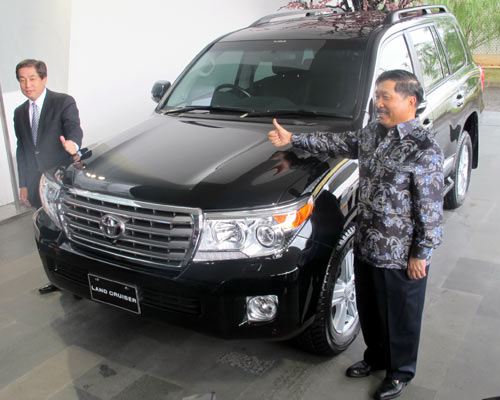 New Land Cruiser 2012