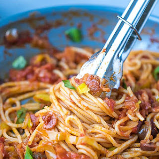 Pasta With Pepperoncini Peppers Sauce.