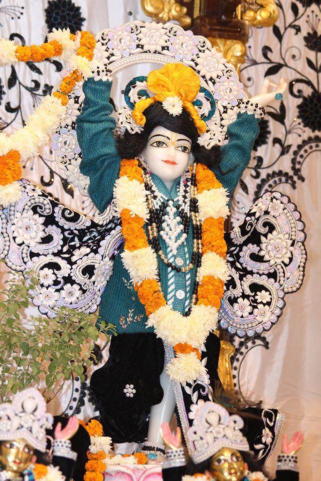 ISKCON Kanpur Deity Darshan 19 Dec 2015 (16)