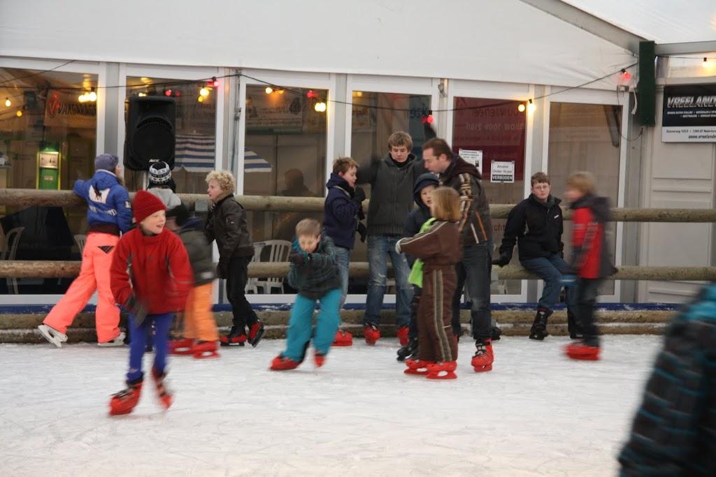 Sinterklaas bij de schaatsbaan - IMG_0342.JPG