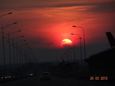 A w drodze powrotnej podziwialiśmy zachód słońca.