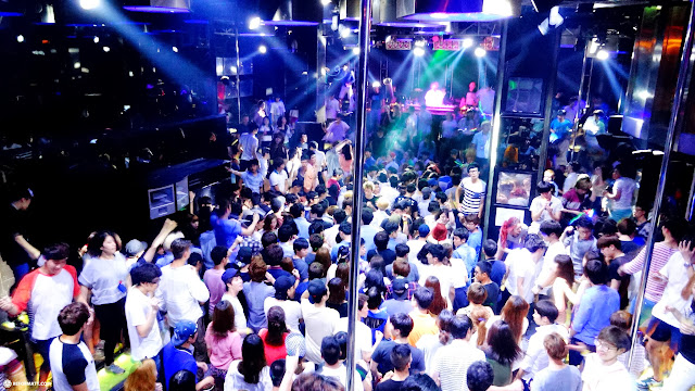 Cocoon nightclub in Hongdae, Seoul on a Tuesday night in Seoul, Seoul Special City, South Korea