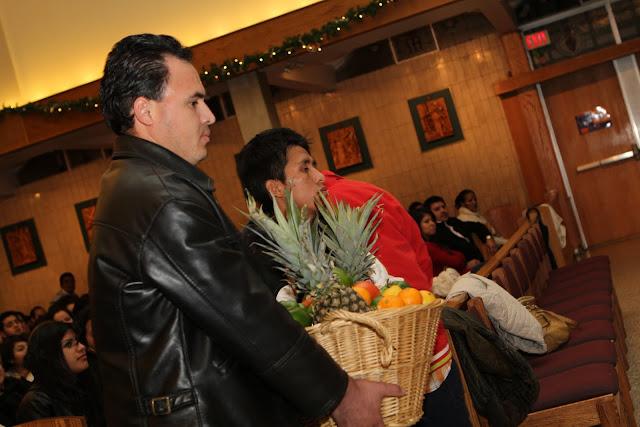 OLOS Navidad 2010 con Amigos Migrantes - IMG_9772.JPG
