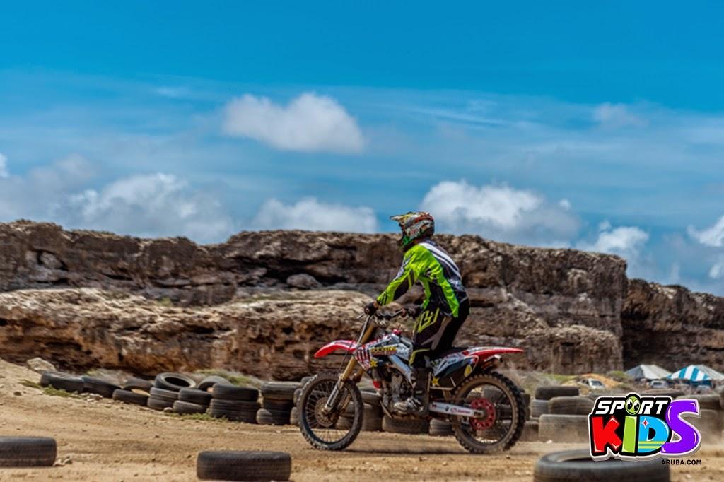 extreme motorcross Aruba - moto%2Bcross%2BGrape%2Bfiled%2BApril%2B2015-44.jpg