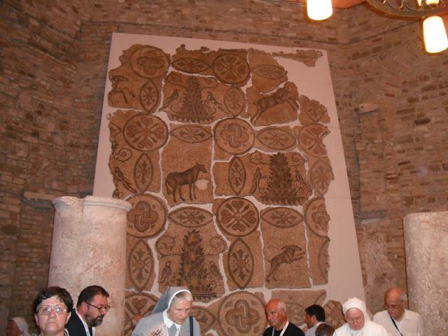 particolare di mosaico battistero di Aquileia