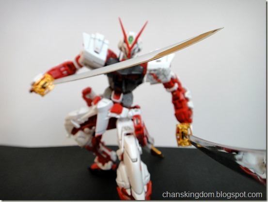 MBF-P02 Gundam Astray Red Frame -022