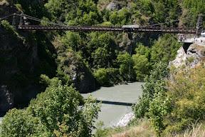 Bungy jumper dunked into Kawaru river