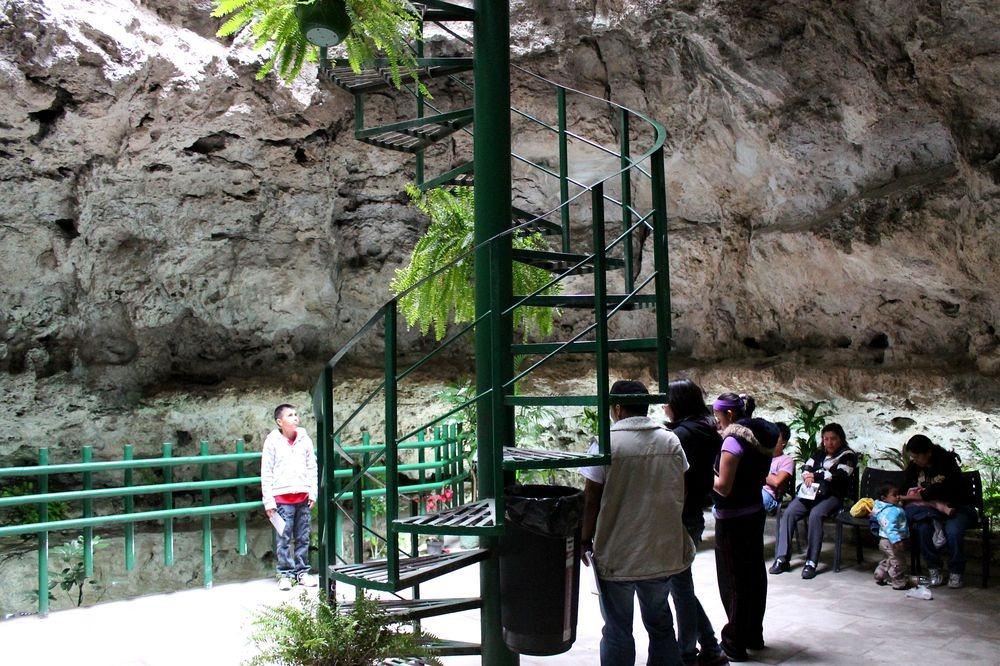 Conheça o vulcão acessível de Cuexcomate, no México