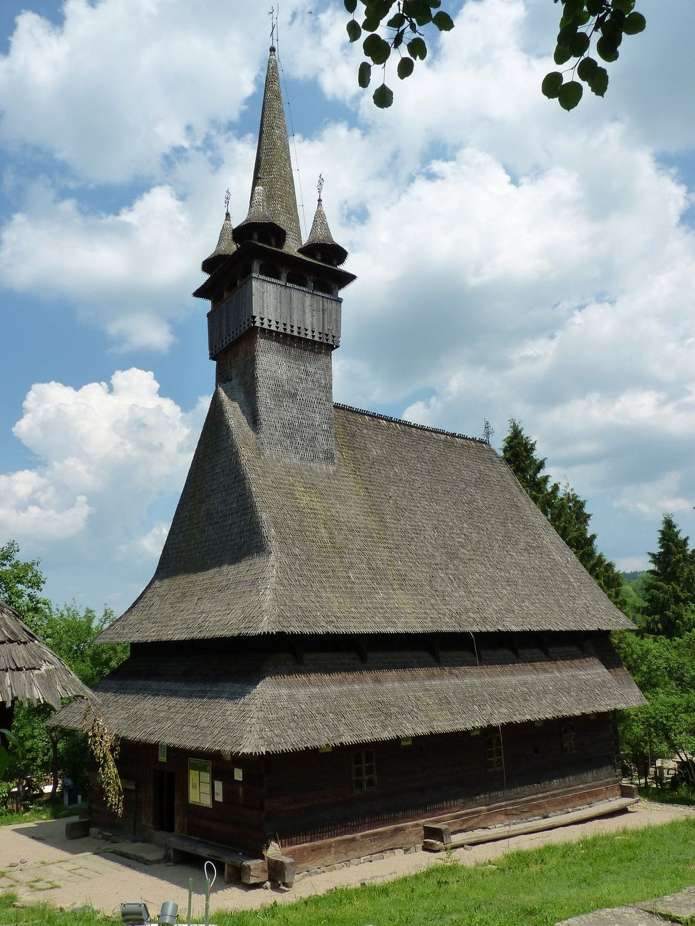 wooden-churches-maramures-5