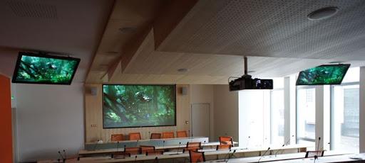 Salle de conférence en objets connectés