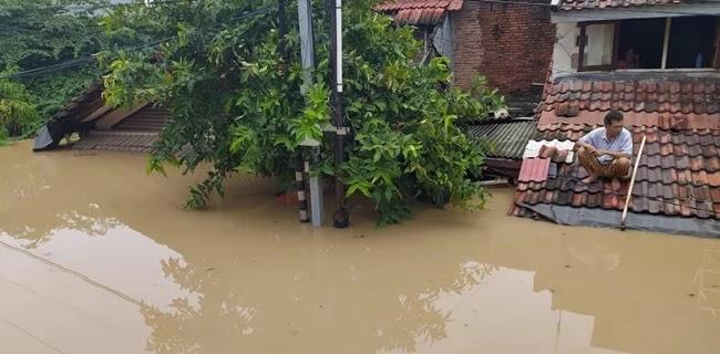 Lima Orang Dinyatakan Tewas Dalam Banjir Bekasi