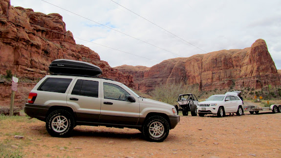 Sharing the trailhead with a propane-powered rock crawler and a diesel Grand Cherokee