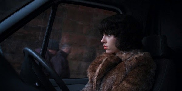 Single Resumable Download Link For English Movie Under the Skin (2013) Watch Online Download High Quality