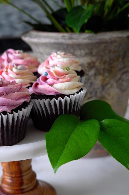 Contessa Carrot Cake Cupcakes