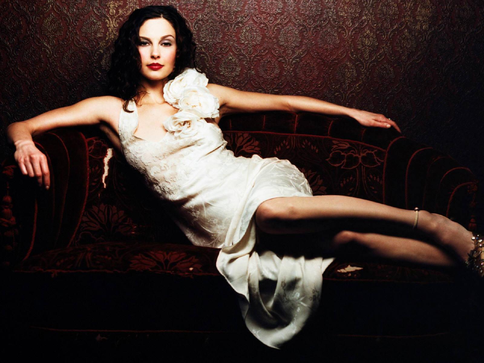 Ashley Judd Cunt rip cute ashley judd--she reads 6 minute mental illness