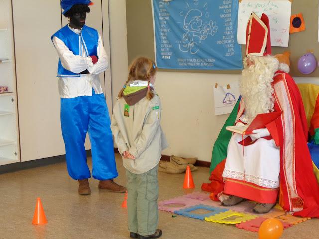 Sinterklaas op de scouts - 1 december 2013 - DSC00212.JPG
