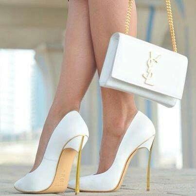 Sapato de salto alto branco Yves Saint  Laurent