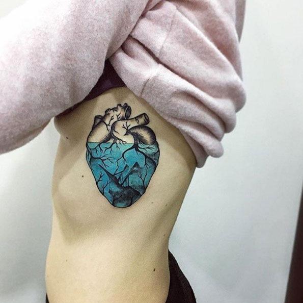 a_meia-coraço_azul