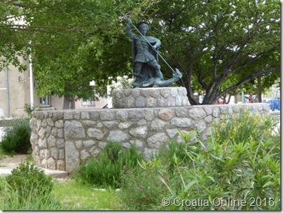 Croatia Online - Sveti Juraj Statue