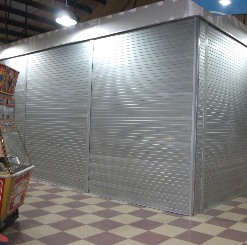 Jasa Pasang Rolling Door & Folding Gate Perforated Bekas Murah Surabaya Barat