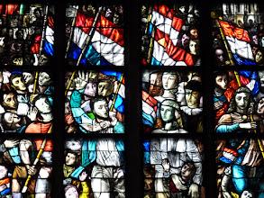 Photo: Die Goudaer Glasfenster 7:  Fenster 28 a, Detail: Das Befreiungsfenster (1947)