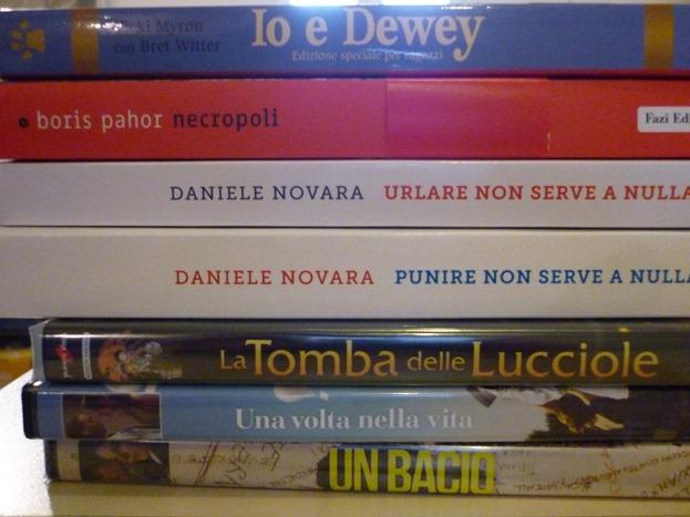 Donazione libri e dvd biblioteca Natale 2017 (7)