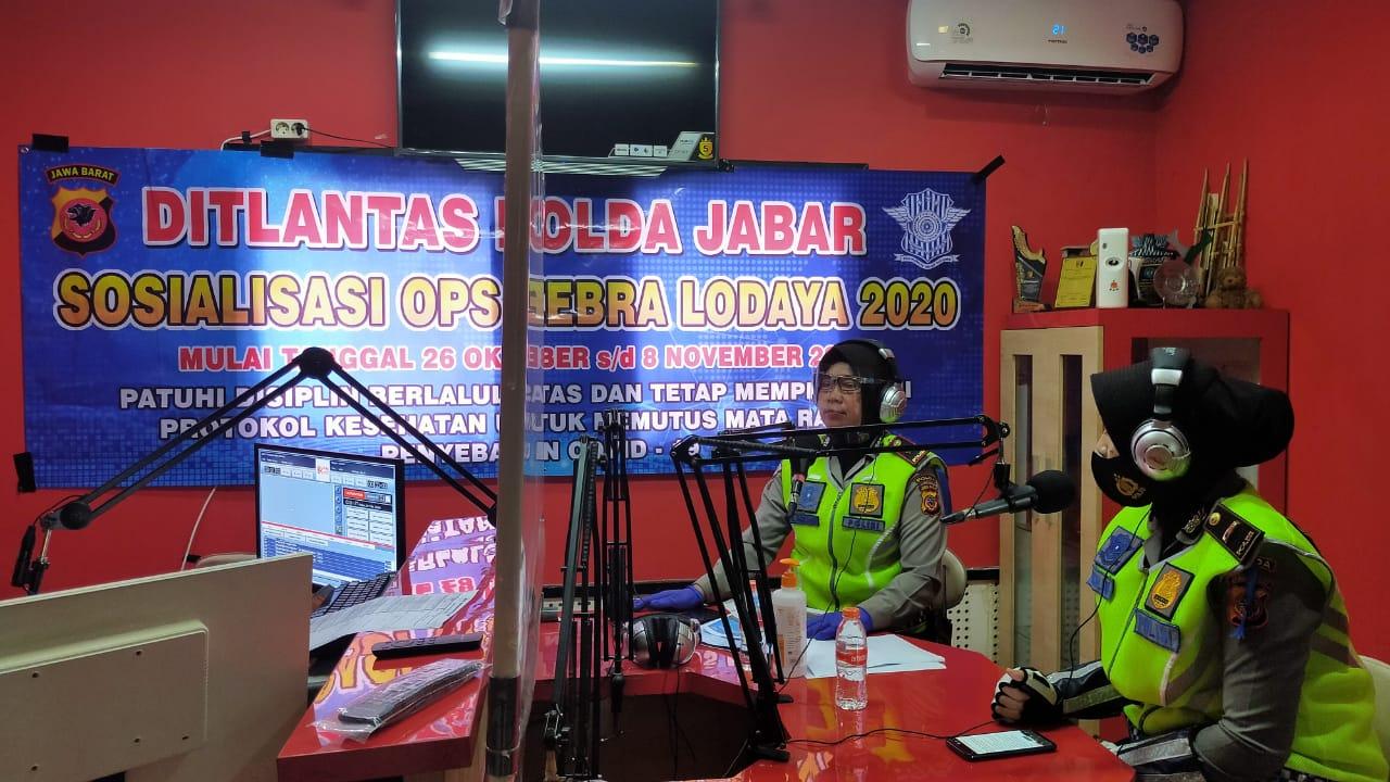 Dit Lantas Polda Jabar Sosialisasi Ops Zebra Lodaya 2020 Melalui Stasiun Radio