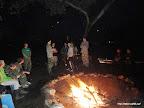 Večer byl čas i na zábavu u ohně.