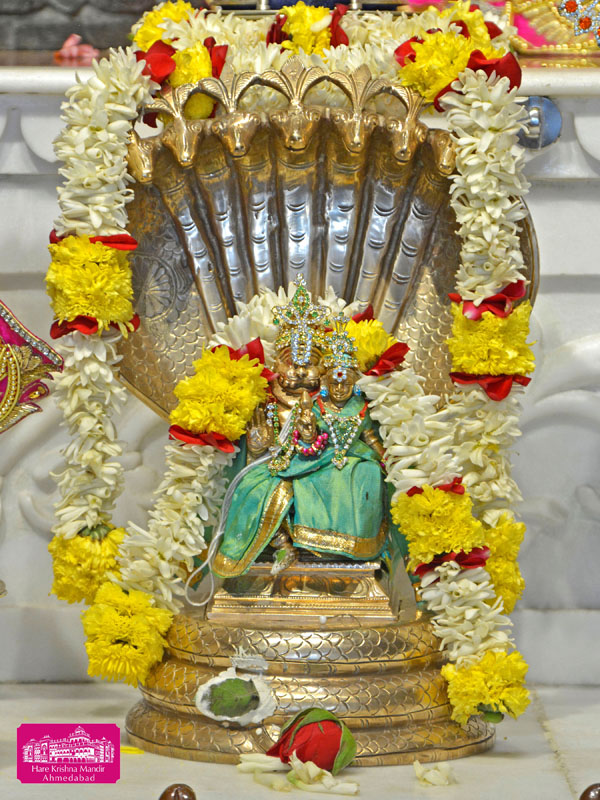 ISKCON Hare Krishna mandir Ahmedabad 04 Jan 2017 (9)